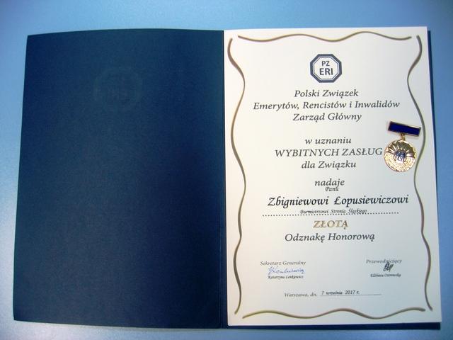 Medal od Polskiego Związku Emerytów, Rencistów i Inwalidów.jpeg