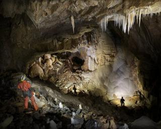 Nowe odkrycia w Jaskini Niedźwiedziej w Kletnie - trwają prace badawcze. Sala Mastodonta. fot. Szymon Kostka