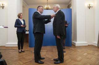 Galeria Krzyż Kawalerski - Burmistrz